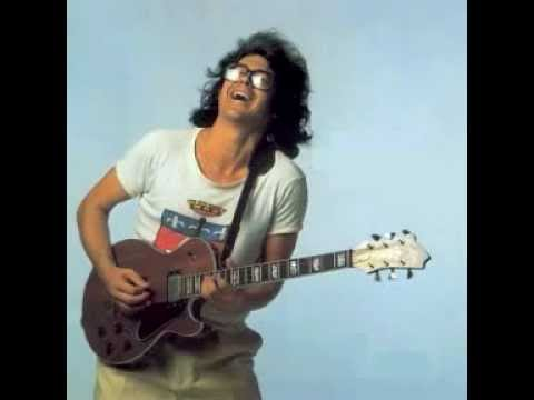 Larry Coryell Ani't it is Solo.mp4