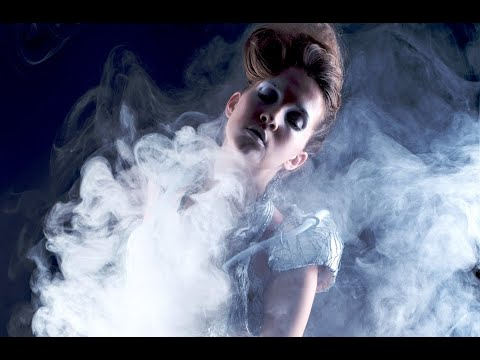 "SMOKEDRESS [2012] // Anouk Wipprecht | Aduen Darriba // tangible couture ""smoke screen"" [550gram]"