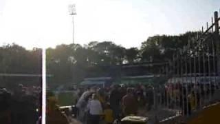 VVV Venlo - HFC Haarlem 24-4-2009 Entering Seacon Stadium 'De Koel'