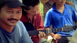 Bahar soborong Official video - Freddy Harmthon ( Lagu Dusun )