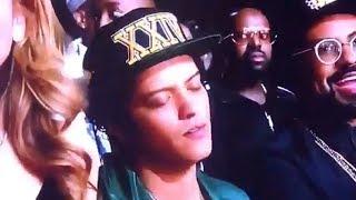 Bruno Mars Got Caught SLEEPING During Mary J. Blige BET Awards Performance!