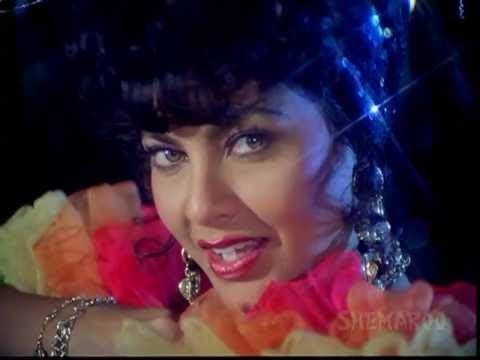Ruby Attracts Apeman - Tarzan - Hemant Birje - Kimi Katkar - Best Kissing Scenes video