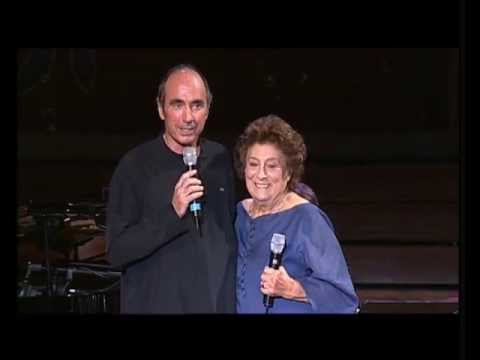 Presentació LLUÍS LLACH - (VISCA l'AMOR - Festa homenatge a TERESA REBULL) - 4