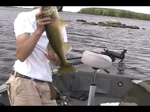 Turtle Flambeau Flowage Fishing 2009 Part 1 of 3 - Great fishing