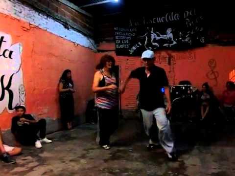 Leo y Susana en La Escuelita del Rock de león Suarez