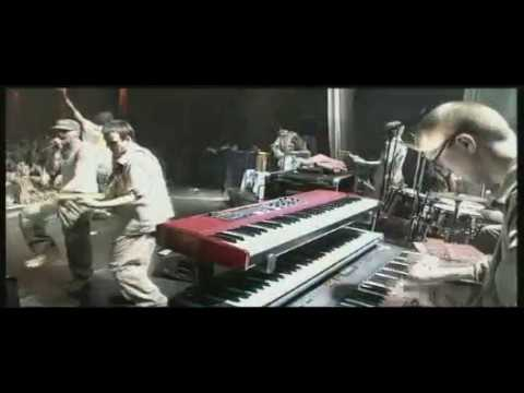 Gentleman.And.Far.East.Band.LIVE-2