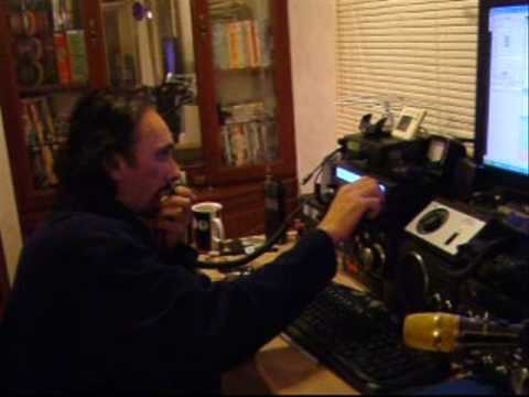 Using a home made IOIo antenna and a Yaesu FT-847 to make Contact with ...