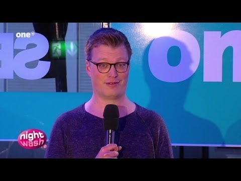 Maxi Gstettenbauer wurde neulich geblitzdingst - NightWash