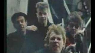 Watch Teardrop Explodes Colours Fly Away video