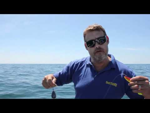 Wreck Fishing - A Simple Rig For Working Shads And Jellies Video By Boat Fishing Monthly Magazine