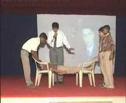 'World's Best Hypnotism Stunt !!  -  MUST  WATCH'