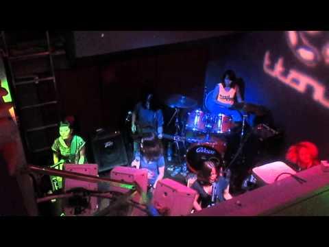 Titanium Bangkok – All Girl Band (Unicorn)