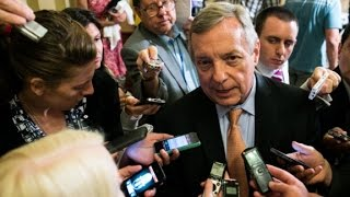 Durbin slams Trump on US-Mexico border wall