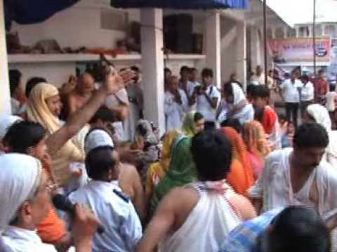 Acharya Shri Vidhya Sagarji Maharaj Jain Aahar Charya Digamber Jain Saint video