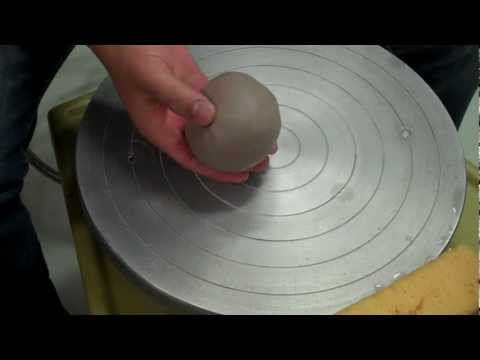 Centering clay / how to center on a pottery wheel tips demo : Pottery Making. Part 1.