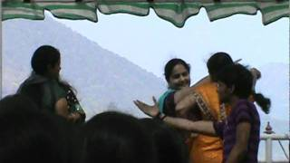 aunties dance in papikondalu trip