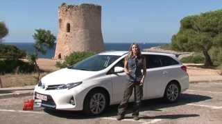 TOYOTA AURIS HYBRID TOURING SPORTS 2013 - TEST DRIVE