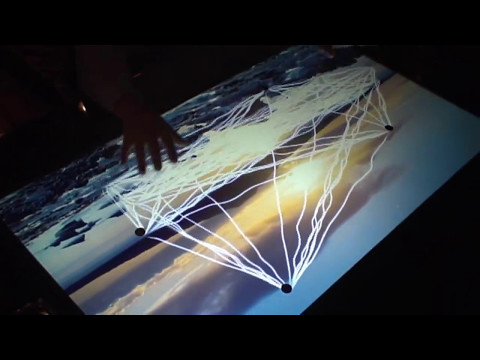 Graffiti Bar with MultiTouch displays
