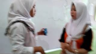 Anak sekolah guru vs murid