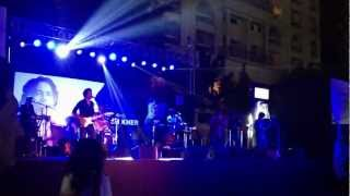 Teri Deewani Live Kailash Kher At Khar Gymkhana, Mumbai, January 2013