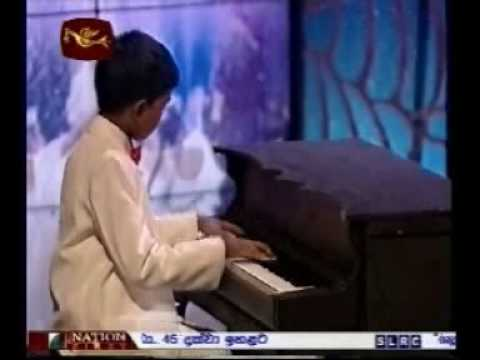 Young Sri Lankan Musician Eshan Denipitiya playing Fusion music