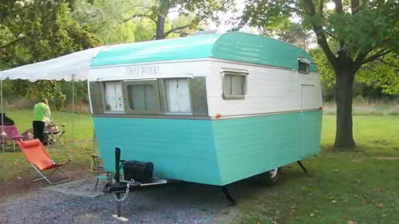 Campers For Sale Near Me >> Vintage trailer restoration 1958 Trotwood camper - YouTube