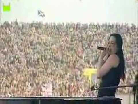 Amy Lee Takes No Crap! Video