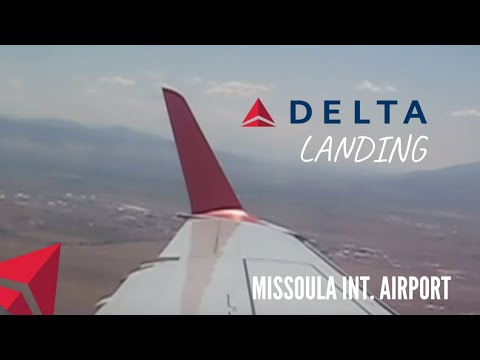 Delta Connection Embraer 175 landing in Missoula, MT