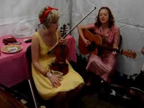 Emily Barker & The Red Clay Halo @ Cambridge Folk Festival