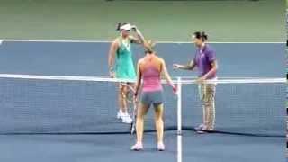 WTA 20130925 Tokyo PPO R3 Stosur l Safarova