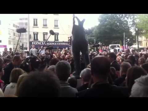 Discours à l inauguration de la statue de Coluche