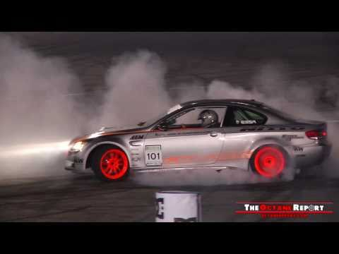 Huge M5 Powered E92 BMW Burnout