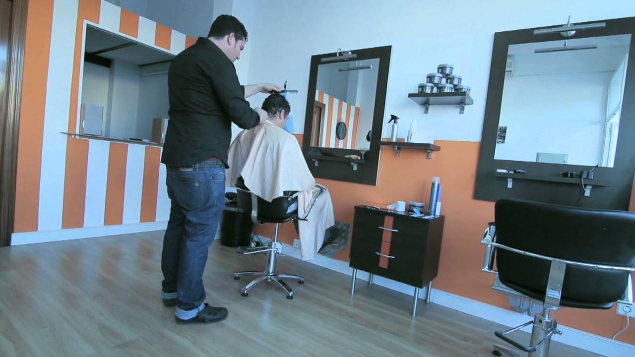 Peluquer a de caballeros corta tu rutina youtube - Decoracion de peluquerias fotos ...