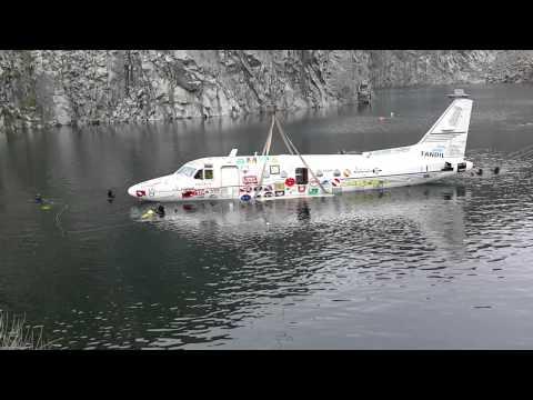 20141018 hundimiento avion cantera el carpincho tandil 7