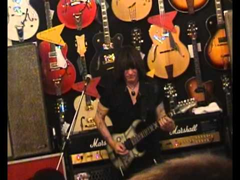 Michael Angelo Batio - live at Guitar Shop Berlin - Dream Theater meets Metallica