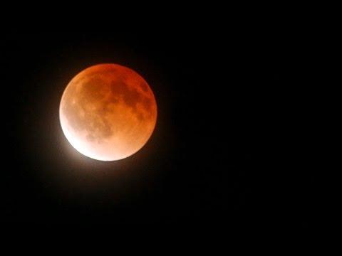 Blood Moon Total Lunar Eclipse 15 April, 2014   HD TIMELAPSE VIDEO