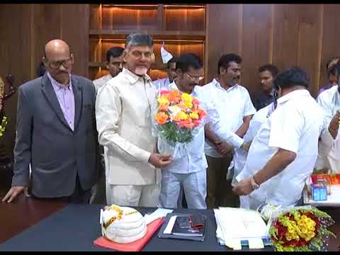 ARYA VYSYA'S LEADERS AND OTHERS MET AP CM AT C M'S CHAMBER IN ASSEMBLY ON 11092018