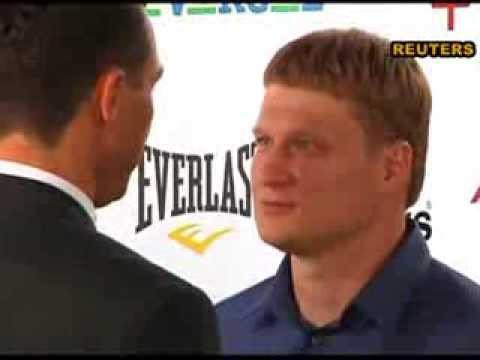 Кличко с Поветкиным сошлись в дуэли прямо во время пресс-конференции