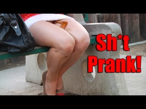 Sexy Santa Poops Herself Prank video
