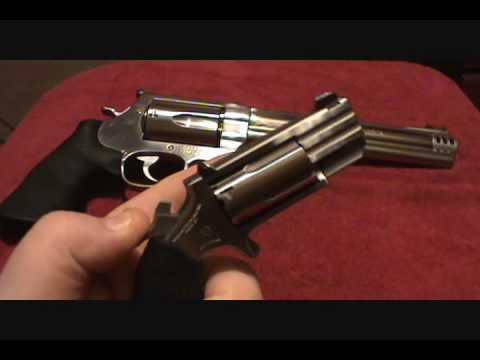 NAA Mini Pug .22 Magnum