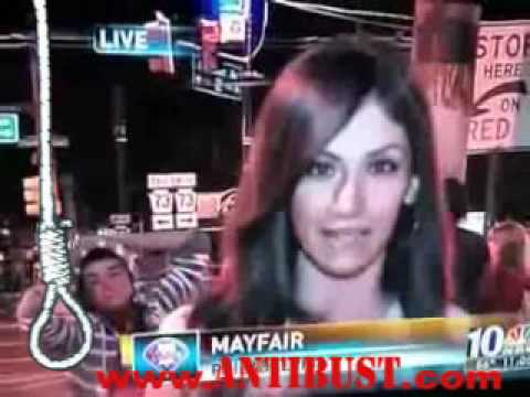 News Reporter Strips On Live TV