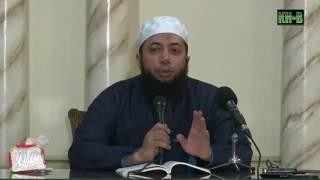 Makanlah dengan tangan kanan   Ustad Khalid Basalamah era islam