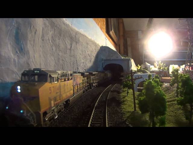 Alex Rivera cab ride aboard his awesome 1/87 HO Scale Model Railroad