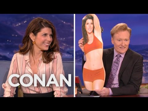 Marisa Tomei Has Become A Skateboard thumbnail