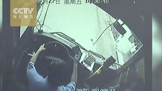 Hero bus driver saves 12 lives, loses his in E China