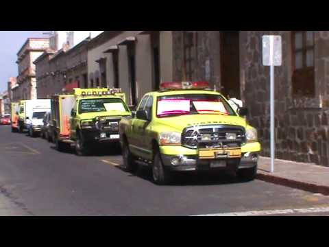 Bomberos de Morelia se manifiestan en contra del Mando Unificado