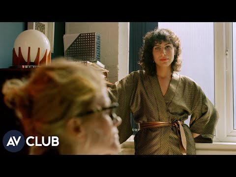 Desiree Akhavan On Hulu's The Bisexual And Using Sex To Advance Story