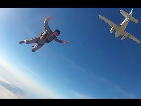 MarkFreeman408 Skydiving!