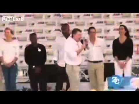 Colombian PRESIDENT has WET spot appear on PANTS during speech