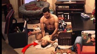 La Esposa Pone Una Cámara Oculta En Su Casa, Mira Lo Que Hace El Padre Cuando Está Solo Con Su Bebe